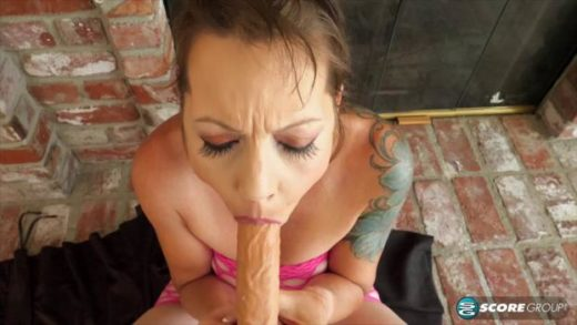 httpst39.pixhost.tothumbs261137423761_40somethingmag 19 11 13 brandy and her very big toy xxx 720p mp4 zsex3i cover