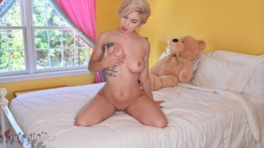 cosmid 20 02 29 effie galt on the bed xxx mp4 sdclip