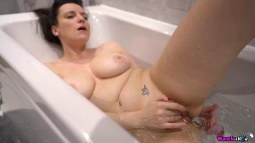 wankitnow 20 03 25 ivy bath time wank xxx 2160p mp4 ktr