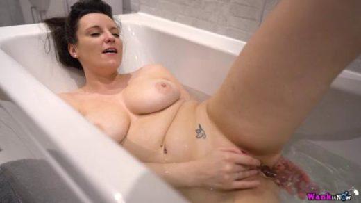 wankitnow 20 03 25 ivy bath time wank xxx mp4 sdclip