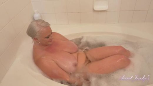 auntjudys 20 04 30 cameron strips bathes and masturbates for you