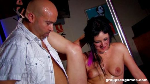 groupsexgames 20 05 17 leslie fox and sofia valentine getting ass fucked