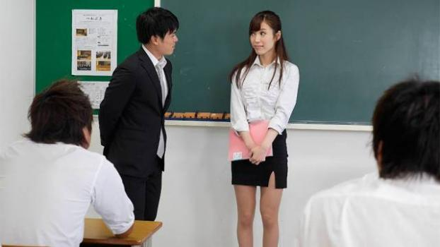 JapanHDV – Yura Hitomi – Yura Hitomi is a beautiful teacher so excited to help her students learn