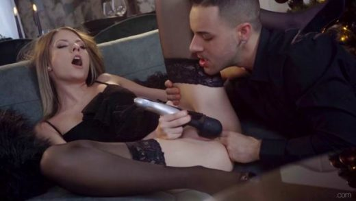 DaneJones – Rebecca Volpetti – Couple share orgasmic Xmas presents