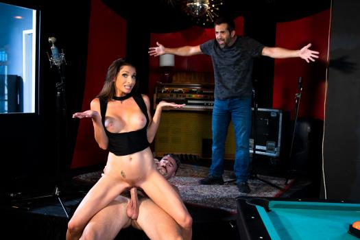 DevilsFilm – Silvia Saige – I Caught My Wife Fucking The Help