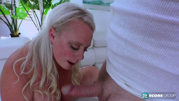 PornMegaLoad – Cameron Skye – Workout With Cameron