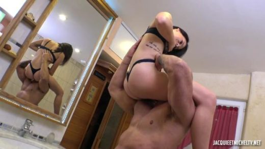 JacquieEtMichelTV – Heivy – 25 Is Launching Herself
