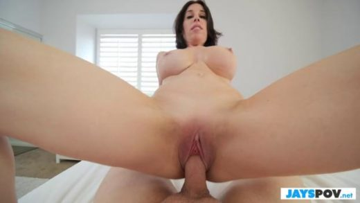 JaysPOV – Fiona Moore – Busty Step Mom Wants My Morning Wood