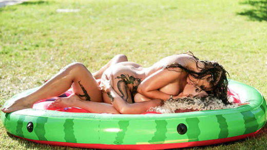 [EuroGirlsOnGirls] Atlantis, Evelina Chivu (Blonde Evelina Chivu And Brunette Atlantis Fuck Each Other Well in a Park / 05.13.2021)