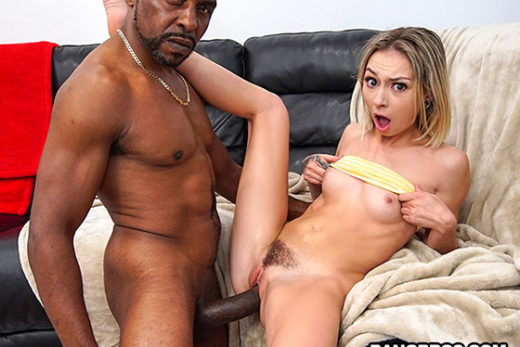 [MonstersOfCock] Chloe Temple (Will It Fit??? / 04.30.2021)