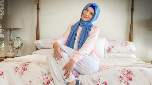 [HijabHookup] Izzy Lush (Breaking the Rules / 08.22.2021)