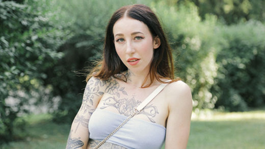 [PublicAgent] Esluna (A Blowjob for a Free Tattoo / 04.19.2021)