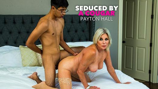 [SeducedByACougar] Payton Hall (26717 / 08.31.2021)