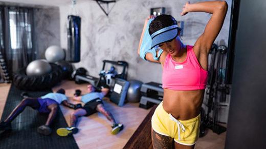 [FitnessRooms] Capri Lmonde (Wild threesome makes teen squirt / 10.21.2021)